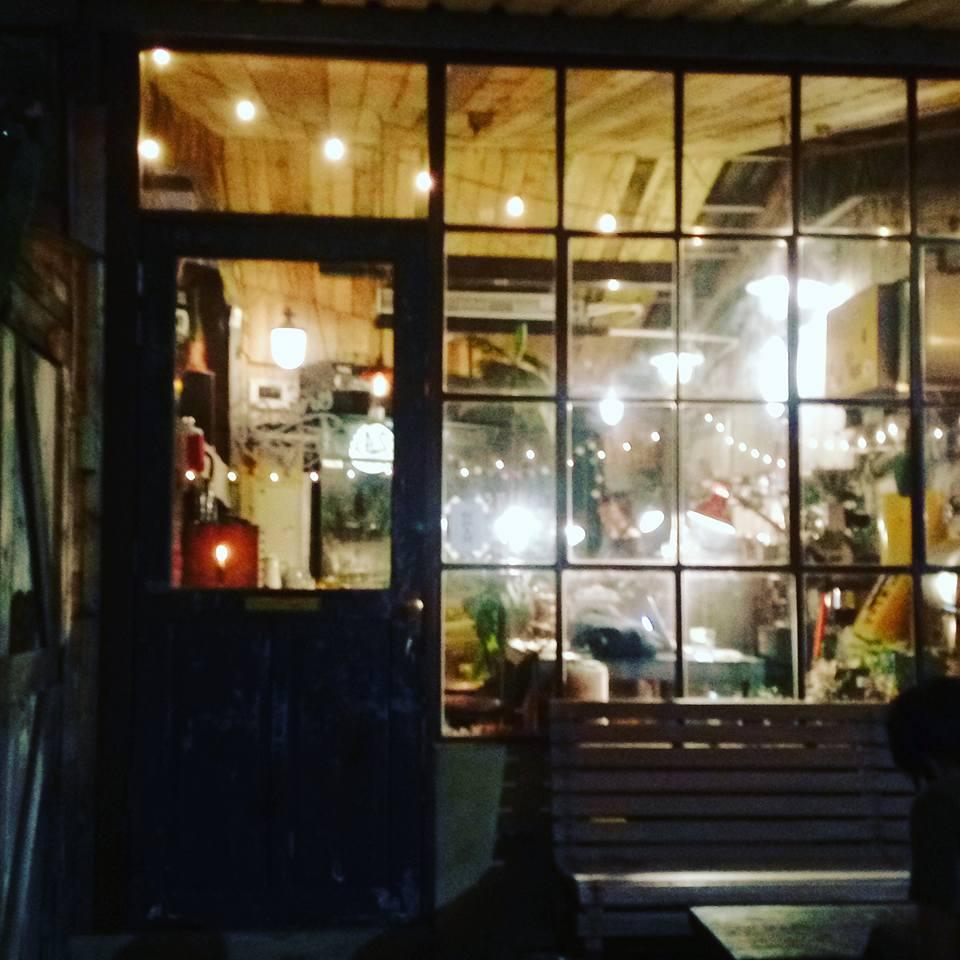 今日の台北 と 廃墟カフェ