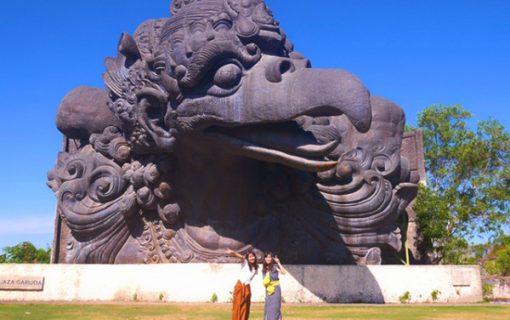 超巨大な神様と記念写真⁉︎GWKテーマパーク【バリ島・インターンシップ情報】