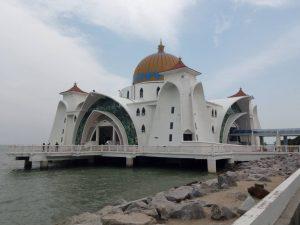 <クアラルンプール発>世界遺産・マラッカで出来る異文化体験 水上モスク観光