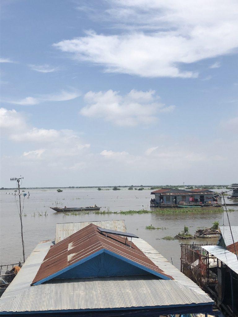 【カンボジア/観光情報】水上のお引越し