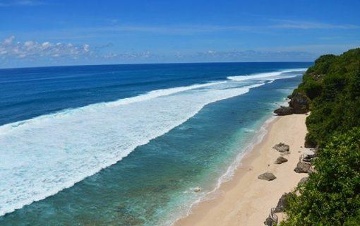 宿泊者専用の美しすぎるプライベート空間<ブルガリのビーチクラブ>【バリ島・ホテル情報】