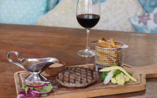 フランス人シェフによる本格的欧風料理<ペピートカフェ・プティトゥンゲット>【バリ島・レストラン情報】